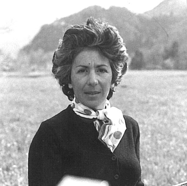Luciana Pugliese - Contatti